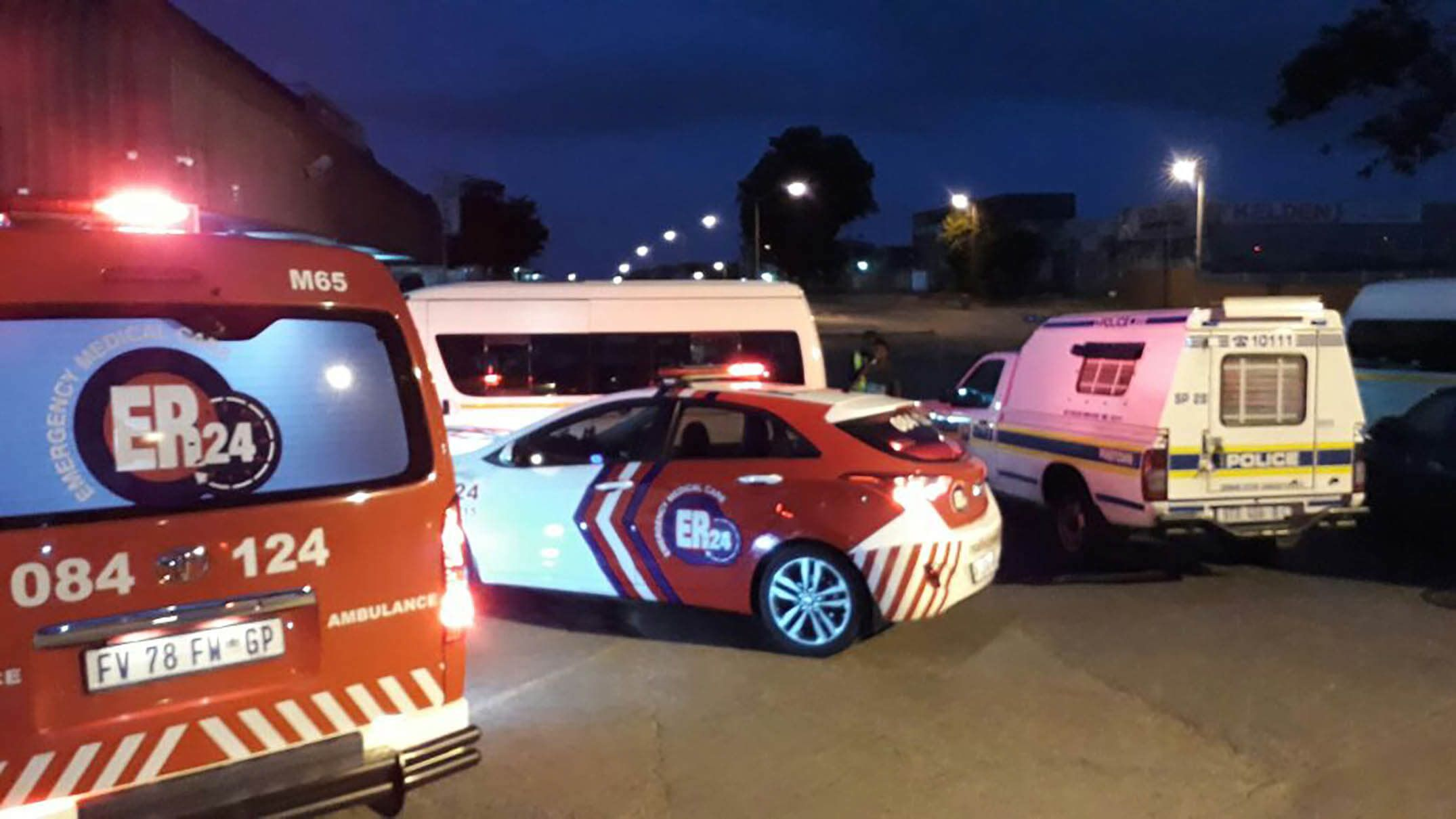 HIJACKING: A Woman(25) Seriously injured when she was Shot during Attempted Hijacking, Pinetown