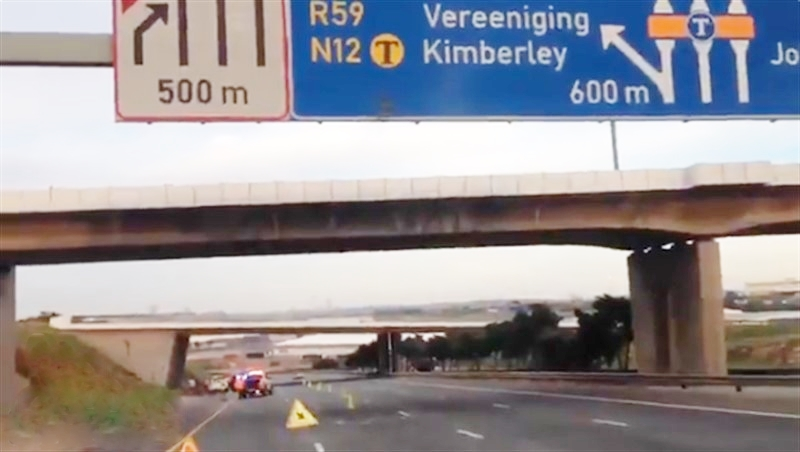 ANOTHER ROCK-THROWING INCIDENT: Rock was Thrown from a Bridge, Vehicle Crashed