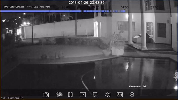 WATCH: Durban Family held up in Armed Robbery & Hijacking - La Lucia